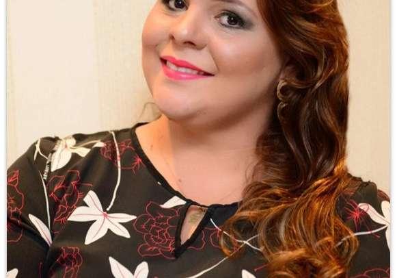 Karine Stringheta